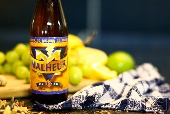Vương quốc bia Bỉ Beer and Barrel mang không gian sang trọng