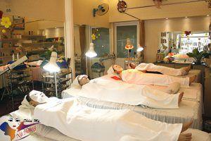 Spa chăm sóc da ở Tân Phú Nữ Hoàng