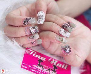 Tina-Nail-go-vap