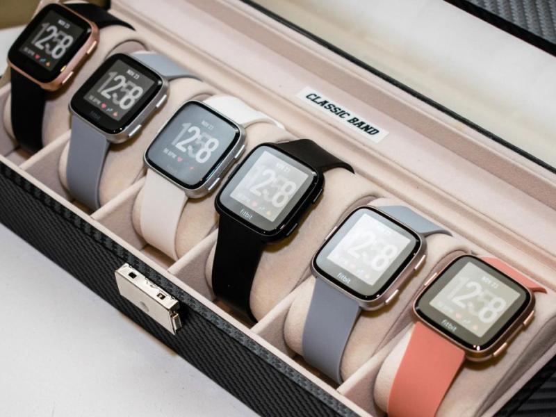 Fitbit ra mắt đồng hồ thông minh Versa