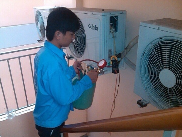 Dịch vụ sửa máy lạnh tại quận 3