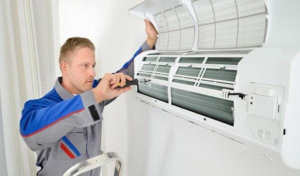 Kiêm tra máy lạnh, báo giá sửa chữa chính xác