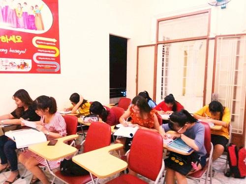 top-5-trung-tam-day-tieng-thai-lan-tot-nhat-tai-tphcm-3