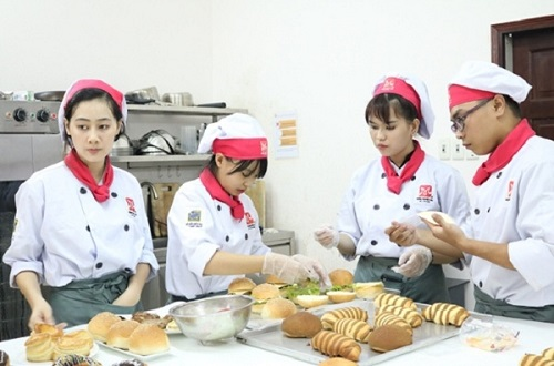 top-10-dia-chi-day-lam-banh-uy-tin-chat-luong-o-tphcm-3