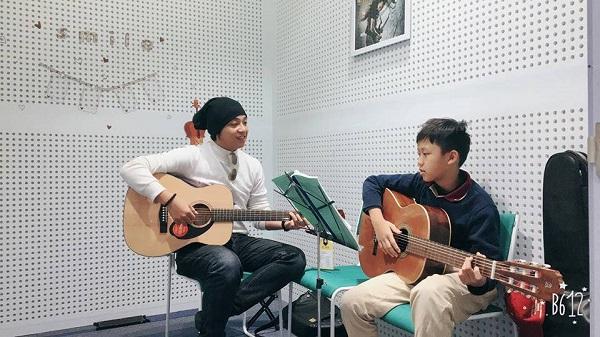 top-5-trung-tam-day-dan-guitar-chuyen-nghiep-nhat-tp-hcm-2