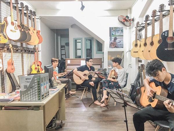 top-5-trung-tam-day-dan-guitar-chuyen-nghiep-nhat-tp-hcm-4